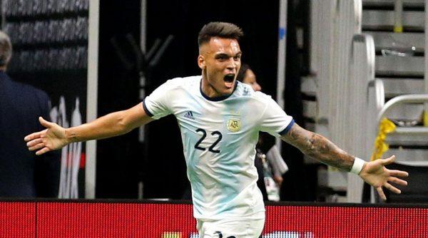 FC Barcelone : un international argentin pour succéder à Luis Suarez ?