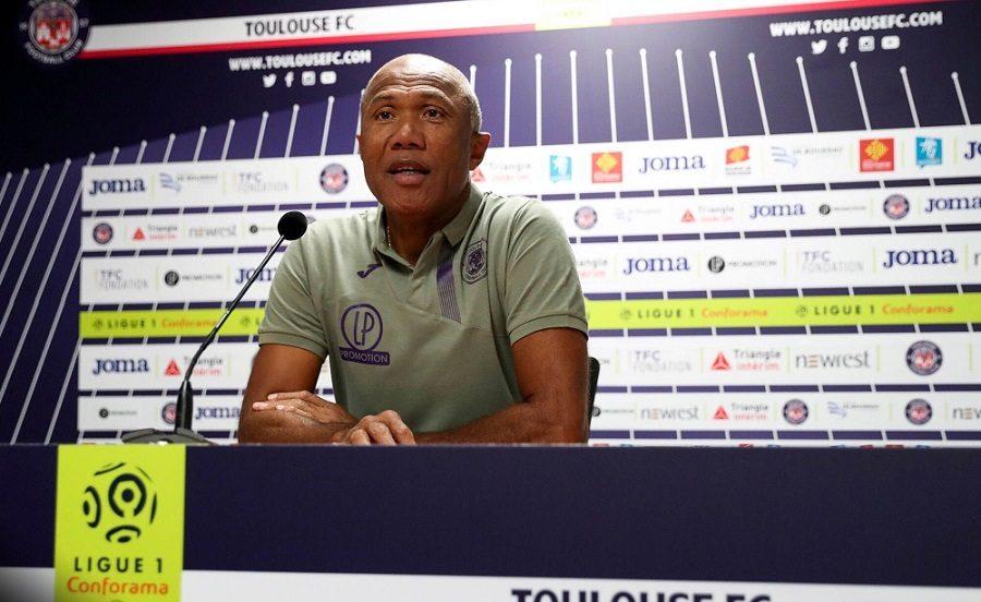 TFC : Antoine Kombouaré répond à Elie Baup
