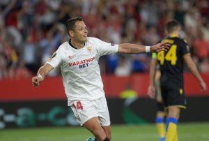 FC Seville : une offre de 10M€ est arrivée pour Chicharito !