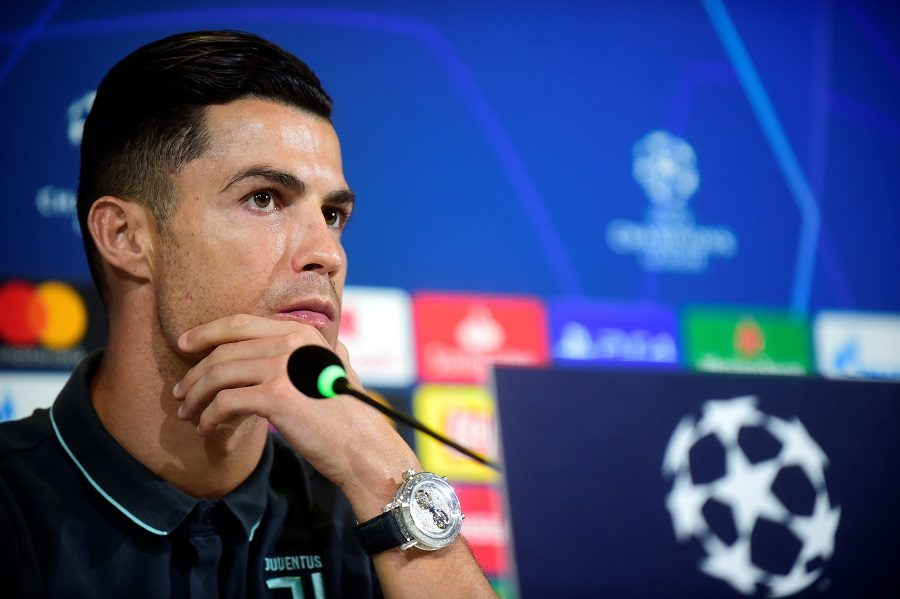 Juventus, record : Cristiano Ronaldo regarde vers l'avant