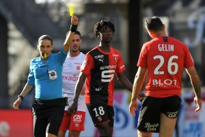 Rennes aurait fixé un prix pour Eduardo Camavinga