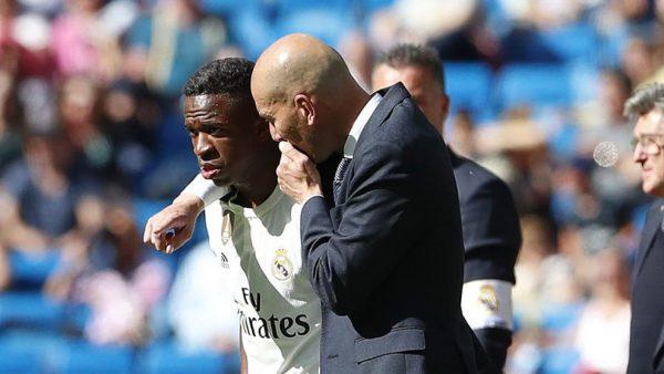 Real Madrid : Vinicius Junior évoque son avenir