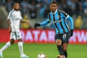 Monaco discute pour le transfert de Jean Pyerre