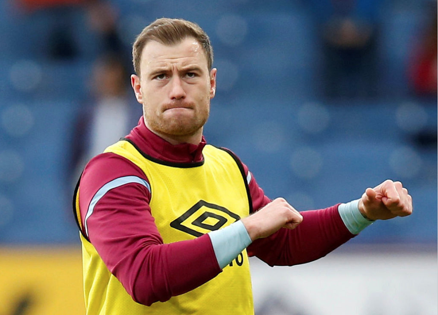 Officiel : Ashley Barnes prolonge à Burnley