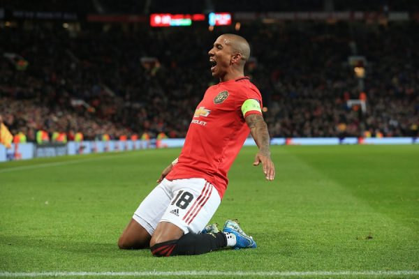 Ashley Young d'accord avec un club de Série A !