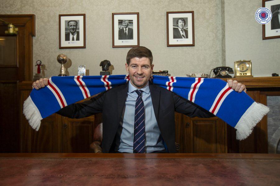 Officiel : Steven Gerrard prolonge aux Rangers