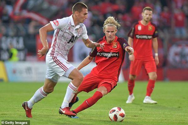 Arsenal et Manchester United ciblent un jeune talent bulgare
