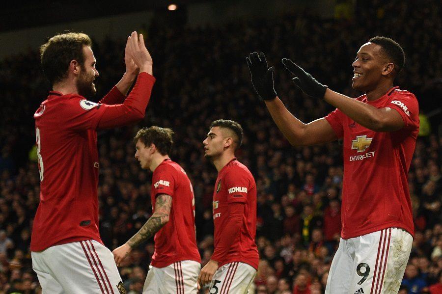 Man United : Juan Mata espère rester