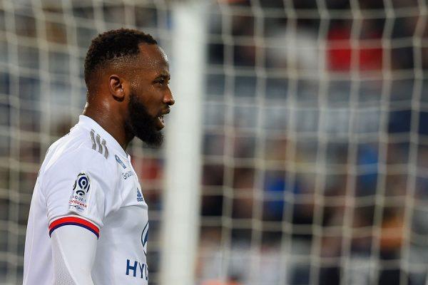Chelsea : un attaquant lyonnais espéré