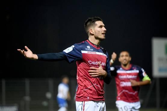 Stade Brestois : un attaquant de Ligue 2 ne devrait pas venir