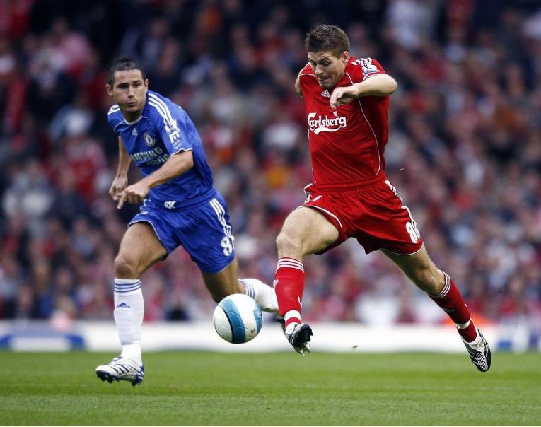 Qui sont les meilleurs joueurs de Premier League all-time ?