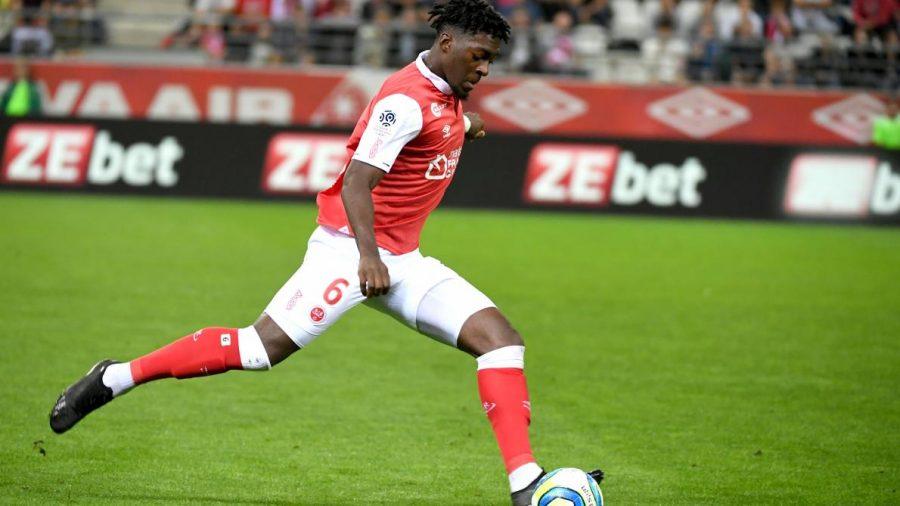 Arsenal : une premère offre pour Axel Disasi ?