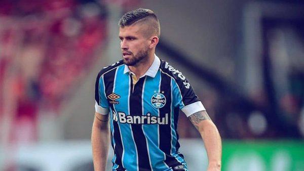 FC Porto : le remplaçant d'Alex Telles serait tout trouvé