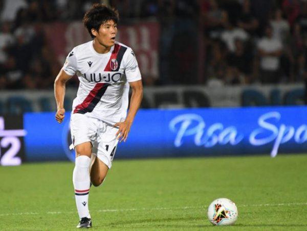 AS Roma : un international japonais pour renforcer la défense ?