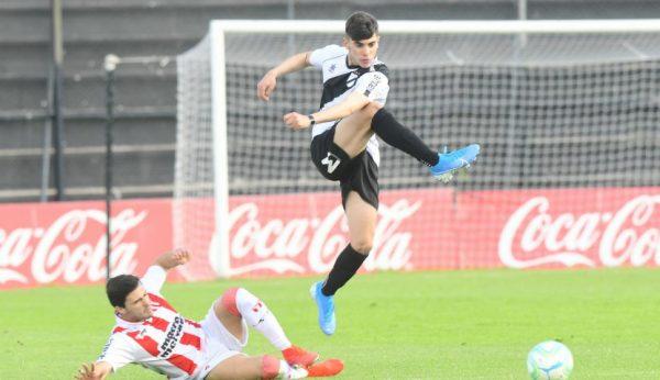 Bayer Leverkusen : un jeune buteur uruguayen dans le viseur